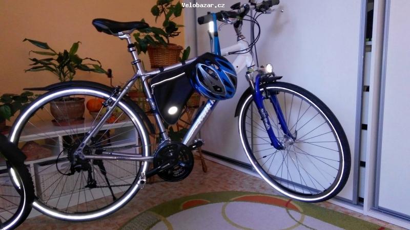Cyklo-Velobazar obrázek 27708246_1882828991750356_882510824_o.jpg