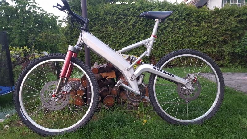 Cyklo-Velobazar obrázek 20190503_200035.jpg