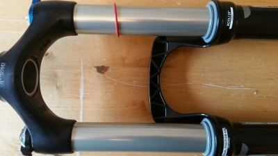 ** Rock Shox Revelation RCT3 Dual Position Air 29' stavitelný zdvih 130-140mm