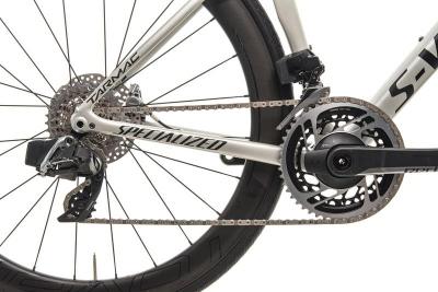 Ultegra Di2, Hydraulic Disc Brakes, Carbon Wheels